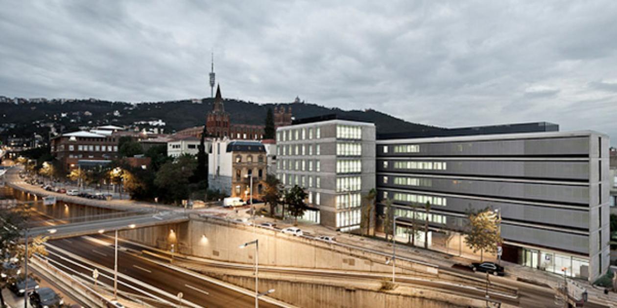 Residencia,   Centro de Día y Centro de Atención Primaria del barrio de Sarrià
