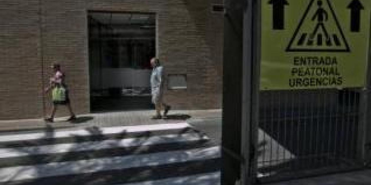 Denuncian la ineficacia de las nuevas puertas de Urgencias del Hospital General de Elche