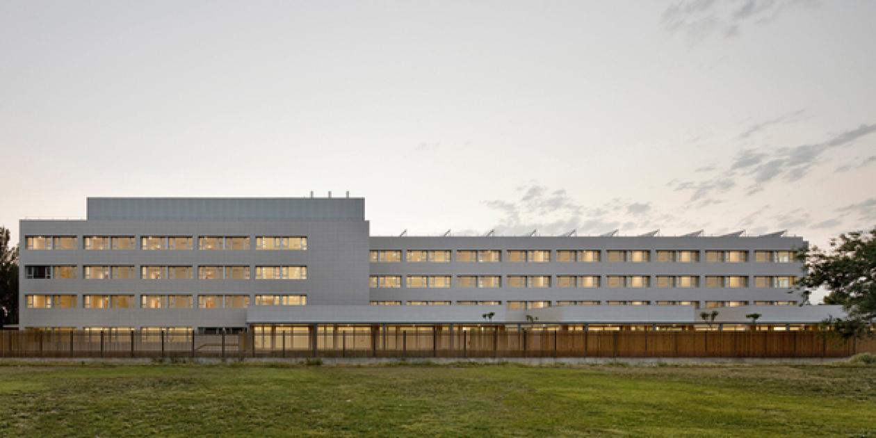 Edificio para Residencia Asistida y Centro de Día de la Tercera Edad