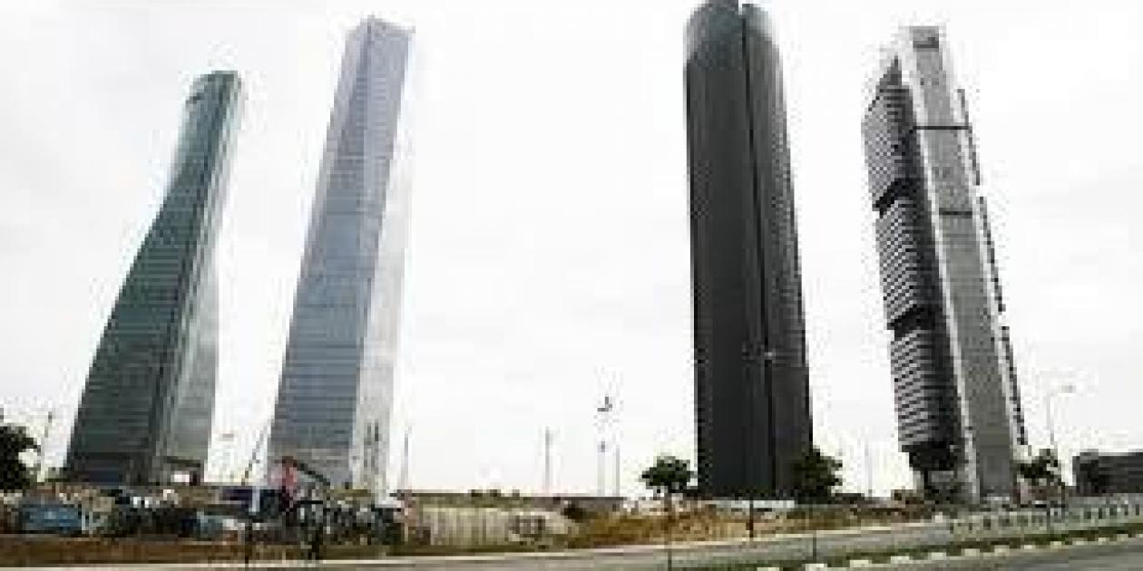 Villar Mir quiere construir un hospital al lado de las Cuatro Torres