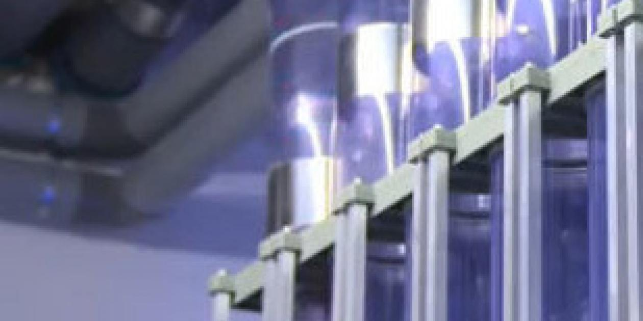 Revisión de la distribución de medicamentos mediante tubo neumático