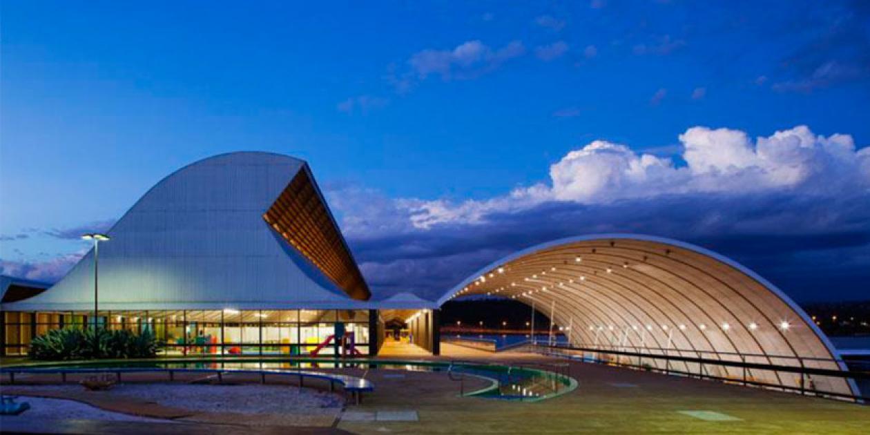 Confort acústico en la arquitectura sanitaria: la música, el paisaje y el material de revestimiento como soluciones humanizadoras