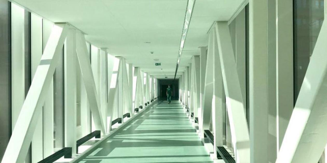 ¿Cómo suenan los pasillos de los hospitales?