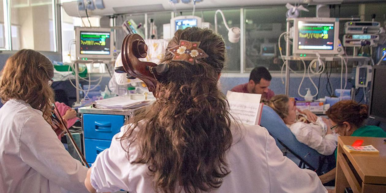 Servicio de neonatología del Hospital 12 de Octubre: La transformación de salas abiertas en habitaciones familiares