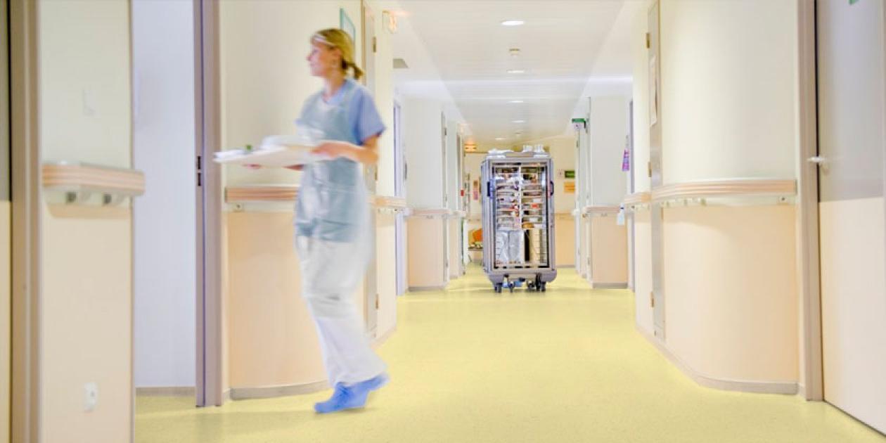 ¿Cómo saber qué superficie instalar para cada zona de tu hospital?