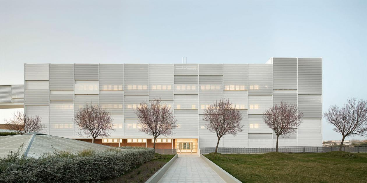 Edificio hospitalario polivalente en el Hospital Arnau Vilanova de Lleida