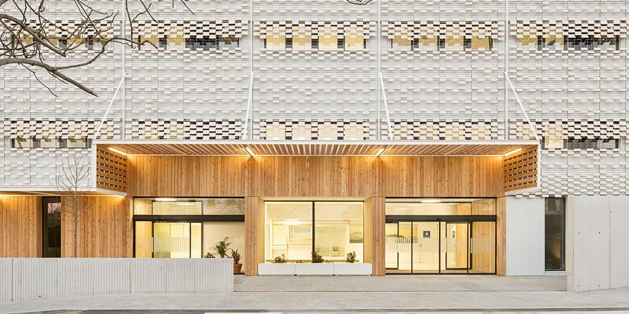 Edificio hospitalario polivalente en el Parc Sanitari Pere Virgili de Barcelona