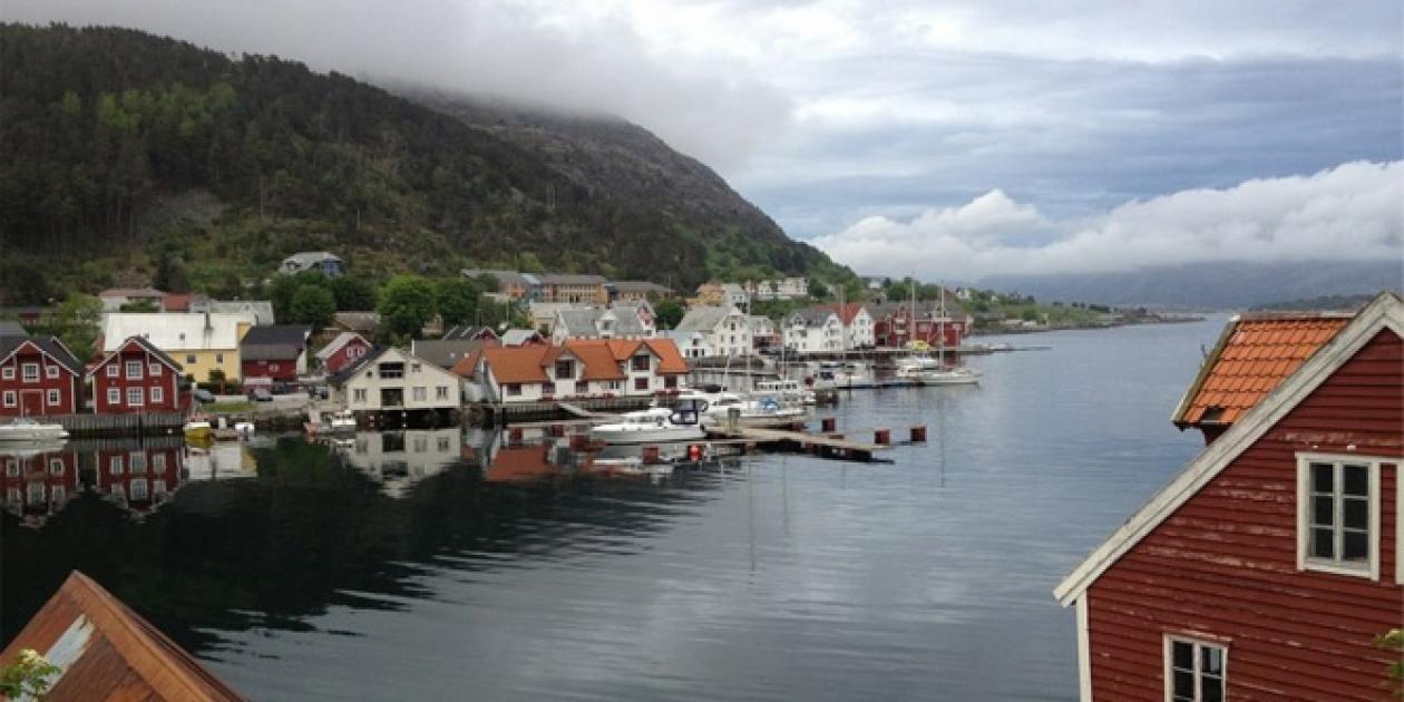 Diseño de un Centro de Salud y hogares comunitarios para ancianos en Noruega
