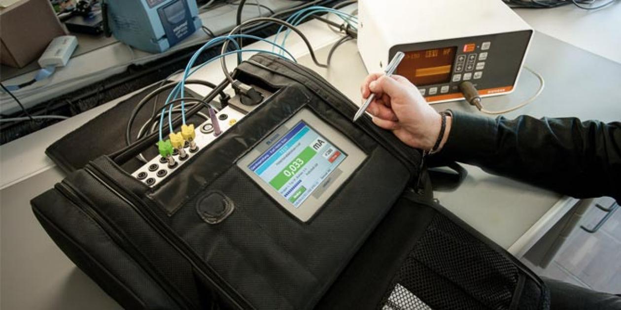 Afeisa - UNIMET 810ST - Comprobador automático y portátil de la seguridad eléctrica del equipamiento electromédico