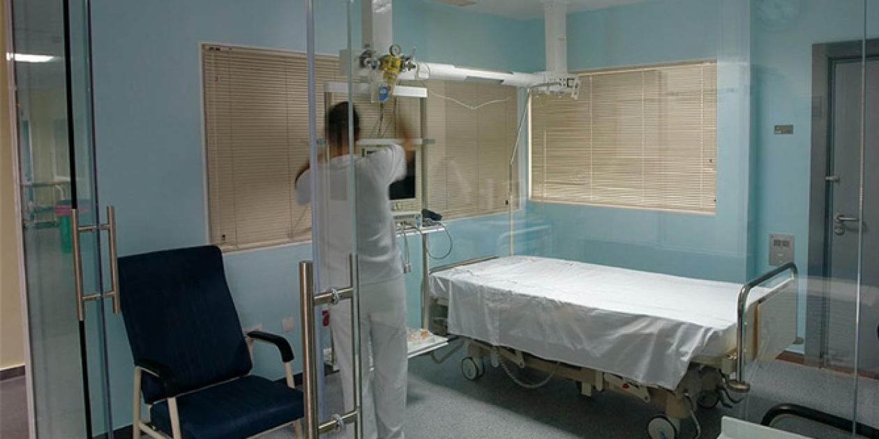 Salud encarga obras por un millón de euros para ampliar el hospital de Montilla