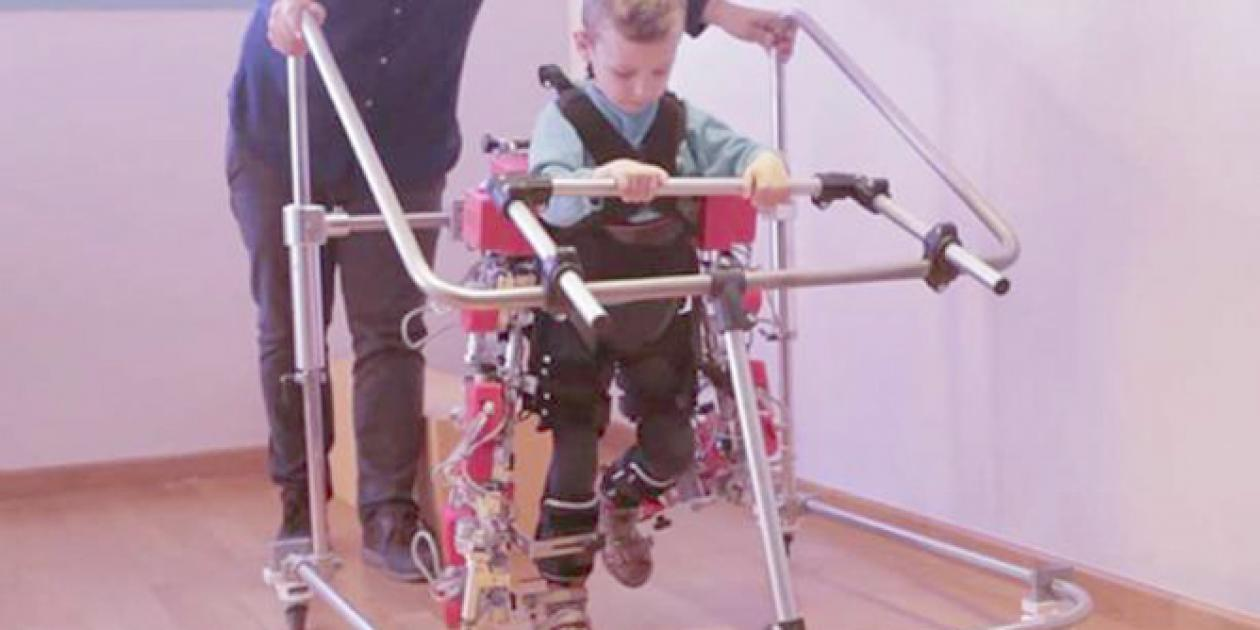 Primer exoesqueleto pediátrico